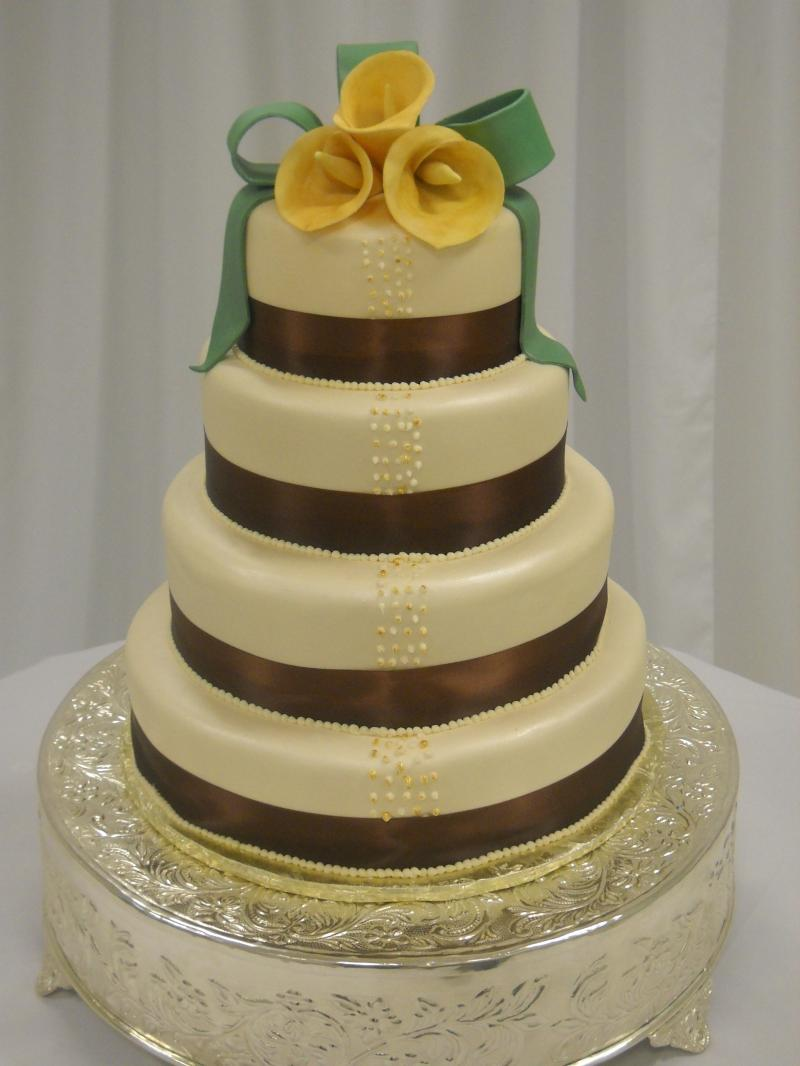 sage green and chocolate wedding cake